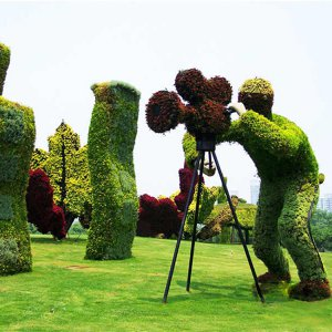 Factory Sale Artificial Grass Animal Topiary Statue Fake Grass Sculpture Indoor And Outdoor